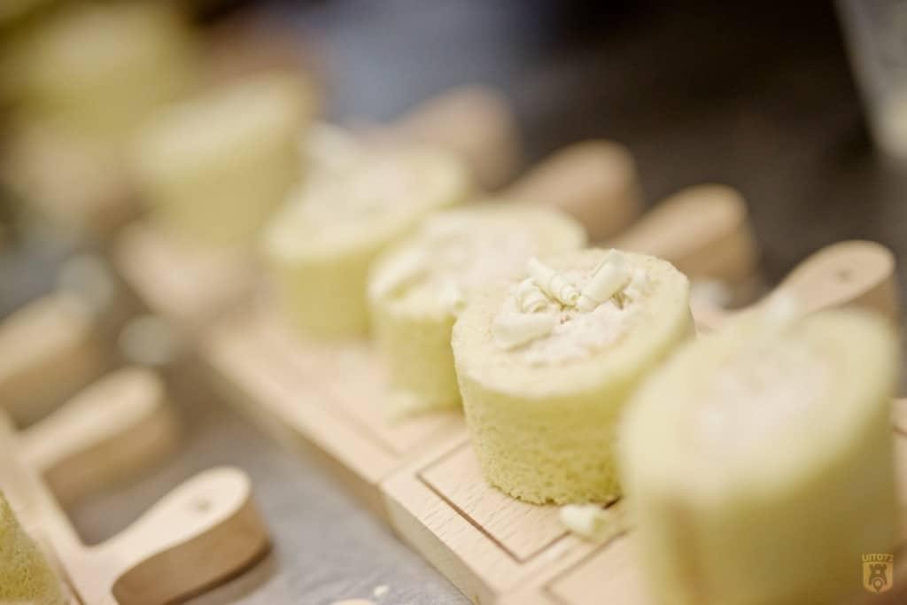Mont d'or stammetje met bosvruchtenmousse en witte chocolade