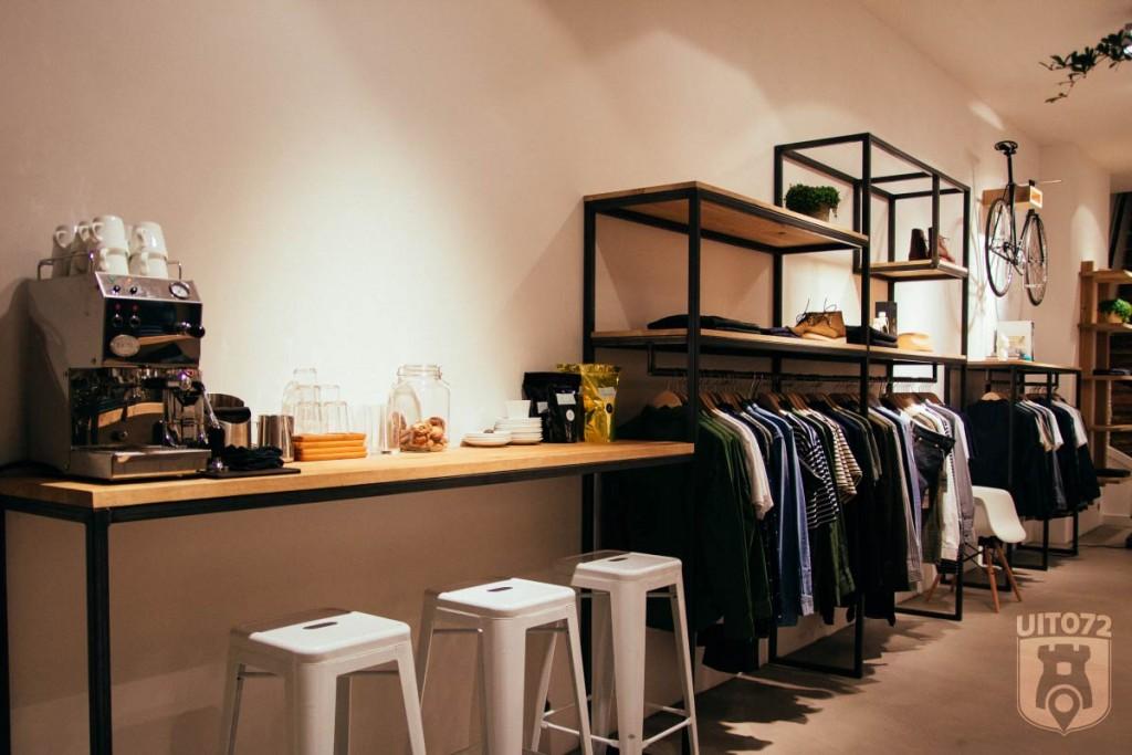 Twentyonewood: koffie en kledingrek
