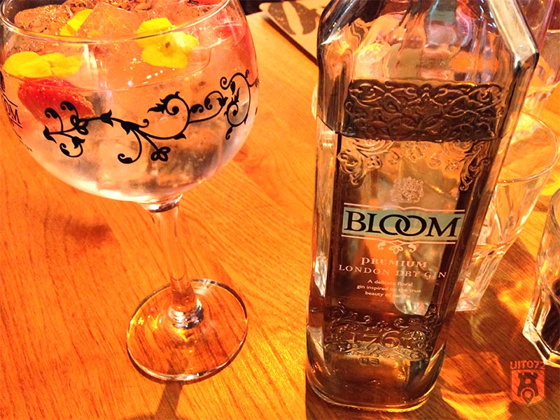 Gin & Tonic: Bloom (1480|FoodBar)