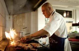 Gunnay in de keuken van Agam Alkmaar