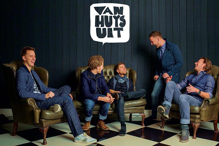 Van Huys Uit