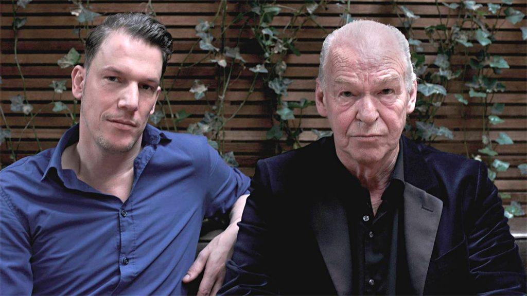 Gerhardt en Peter Faber op Bankje