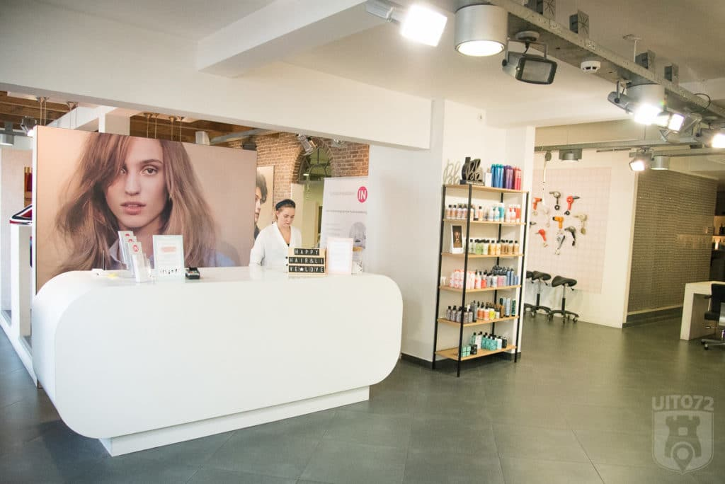 welkomstbalie Salon B (Alkmaar)