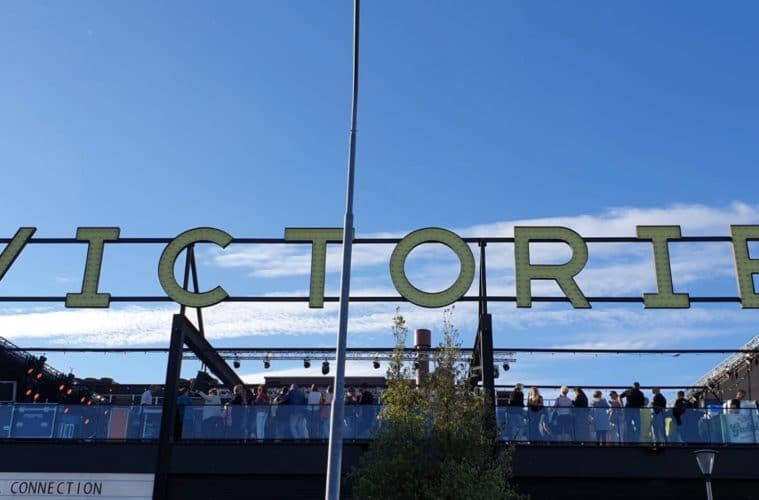 Victorie Rooftop Shows - UIT072