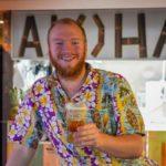 """Bartender Jan van Aloha Café: """"Achter de bar is mijn terrein"""""""