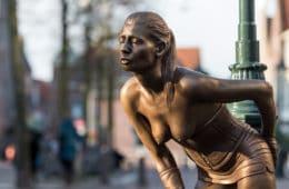 Susanne: standbeeld van Prostituee op Achterdam