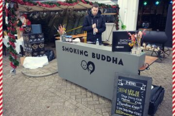 Kerstomen Drive Through Alkmaar Smoking Buddha