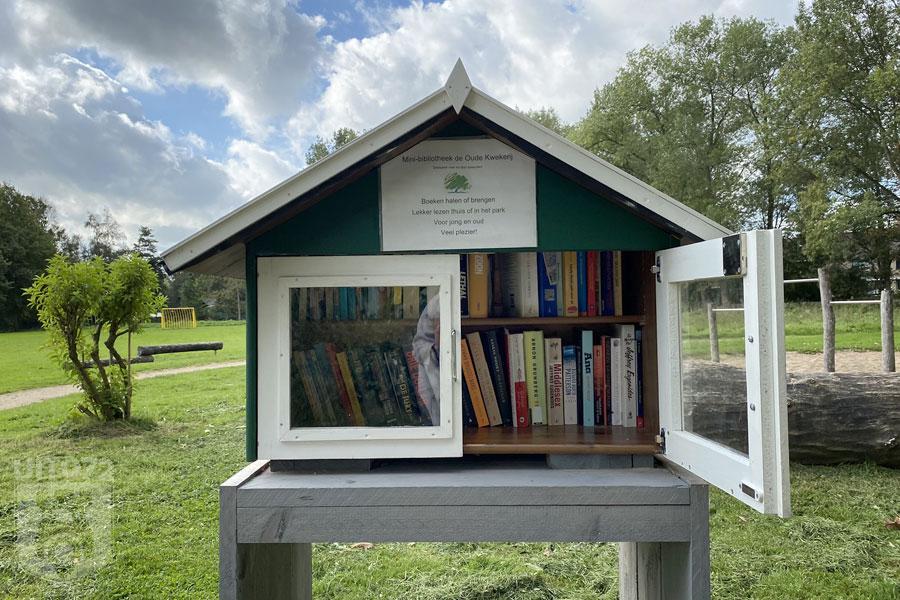 Mini bibliotheek in park De Kleine Kwekerij (Alkmaar)